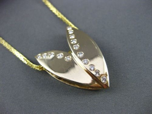 ANTIQUE .45CT DIAMOND 14K YELLOW GOLD 3 DIMENSIONAL V SHAPE PENDANT & CHAIN 7638
