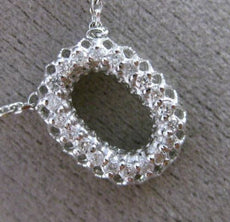 ESTATE .25CT DIAMOND 14KT WHITE GOLD 3D CLASSIC HALO OVAL MESH ITALIAN NECKLACE