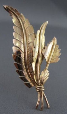 ESTATE LARGE 18KT YELLOW GOLD 3 LEAF DESIGN PIN BROOCH SIMPLY BEAUTIFUL #975