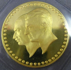 ESTATE LARGE 22KT YELLOW GOLD FATHER & SON 50 YEAR CORONATION PAHLAVI COIN