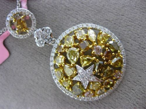 LARGE 4.03CT WHITE & FANCY COLOR DIAMOND 18K TWO TONE GOLD CIRCULAR STAR PENDANT