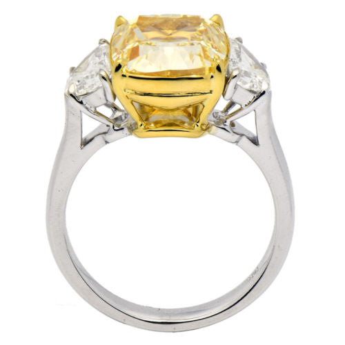 ESTATE EXTRA LARGE 7.09CT WHITE & CANARY DIAMOND 18K 2 TONE GOLD ENGAGEMENT RING