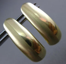 ESTATE WIDE 14KT YELLOW GOLD MATTE & SHINY ELONGATED OVAL HUGGIE EARRINGS 8mm