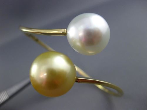 ESTATE AAA WHITE & GOLDEN SOUTH SEA PEARL 18KT YELLOW GOLD LOVE BANGLE BRACELET
