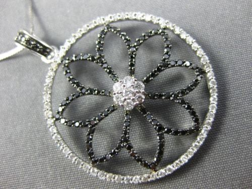 LARGE 1.07CT WHITE & BLACK DIAMOND 14KT TWO TONE GOLD 3D CIRCULAR FLOWER PENDANT