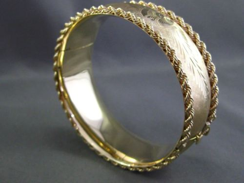ANTIQUE WIDE 14K YELLOW GOLD HAND ETCHED FLOWER BANGLE BRACELET BEAUTIFUL! 24816