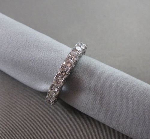 ANTIQUE 4MM 3.55CT DIAMOND ETERNITY 14KT WHITE GOLD RING WITH DIAMONDS ON SIDE!!