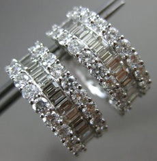 ESTATE WIDE 3.65CT ROUND & BAGUETTE DIAMOND 18KT WHITE GOLD 3D HUGGIE EARRINGS