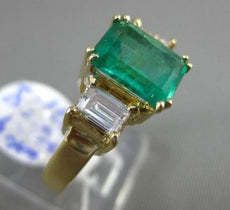 ESTATE WIDE 2.34CT DIAMOND & AAA EMERALD 18K YELLOW GOLD 3 STONE ENGAGEMENT RING