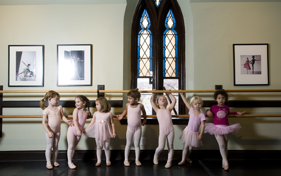 Top 5 BENEFITS OF BALLET