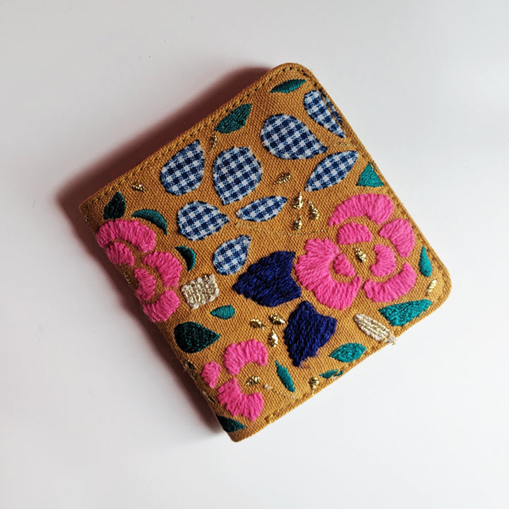 Snap Button wallet - Yellow flower