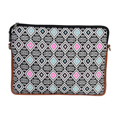 Black and White Geometric Patterned Laptop Bag 13 inches