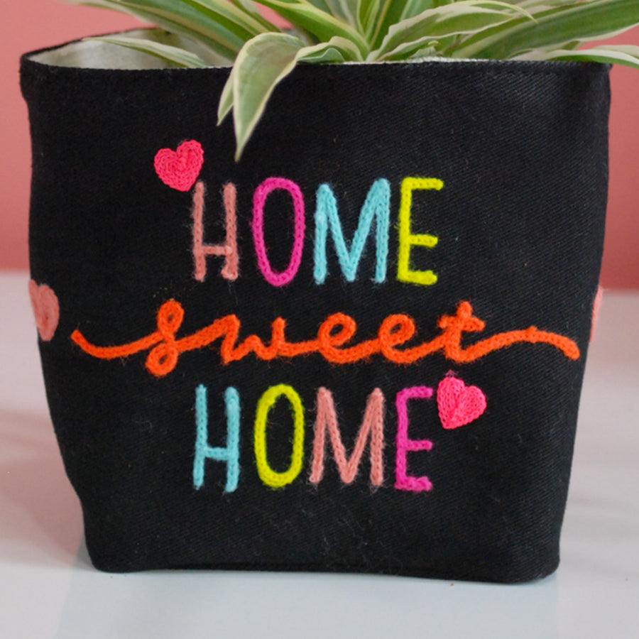 HOME SWEET HOME PLANT COVER