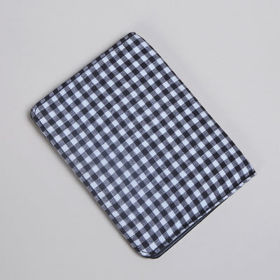 Wanderlust Passport Case: Dual Checks