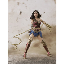 WONDER WOMAN - SHF JUSTICE LEAGUE WONDER WOMAN FIGURE
