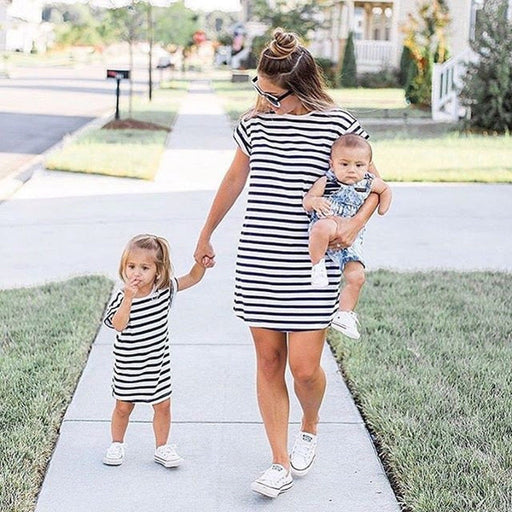 Mother and Daughter black & white striped long t-shirt top, matching outfit.