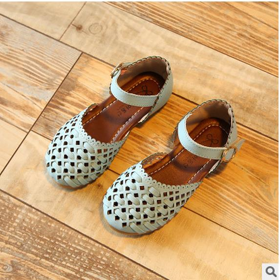 bb5cd5408184c Girls sandals Summer toddler gladiator sandals flat shoes Fashion children  shoes girls princess cut-outs Kids leather Shoes