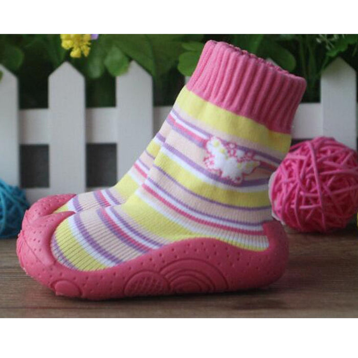 Heart Toddler Shoes Soft Bottom For Newborn Fashion Baby Socks With Rubber Soles Baby Socks with Rubber Soles Ws917 - KiddyLanes