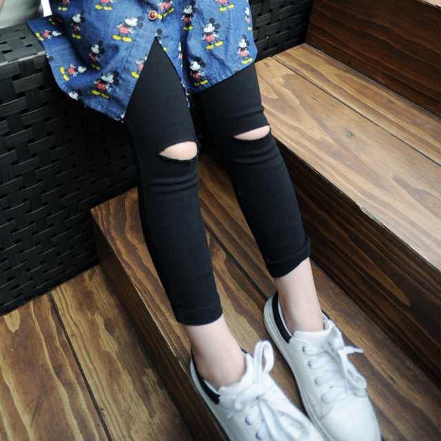 Legging with design of hole at knee - KiddyLanes