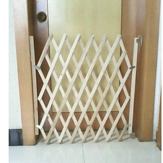 Wooden sliding door, railing grids, safety protection staircase grid fence gate for pets.