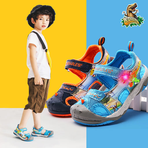 DINOSKULLS Dinosaur Sandals Boys 3-10T Jongen Luminous LED Light Summer Children's Sport Shoes Closed Toe Kids Beach Sandals