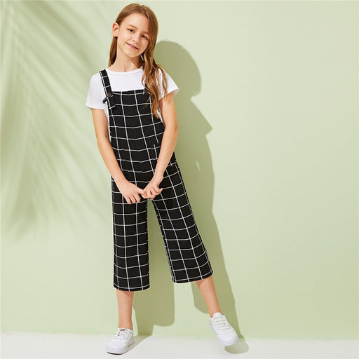 SHEIN Kiddie Girls Black Plaid Pocket Front Preppy Jumpsuit With Strap