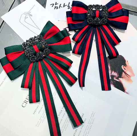 Luxurious Bow pin(color Green and Red Only)