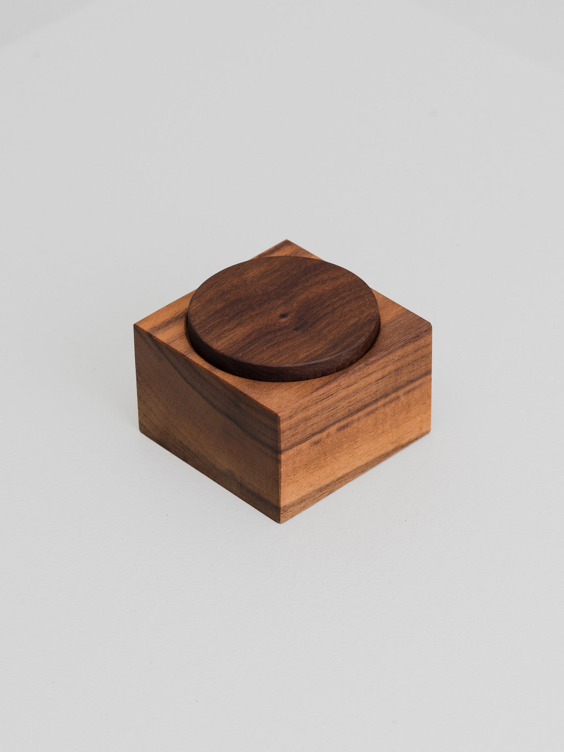Mix & Match container, walnut