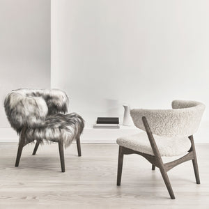 NEW EDITIONS -  Sibast No 7 LOUNGE IN SHEEPSKIN