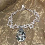A Stunning and Reversible Pearl Necklace