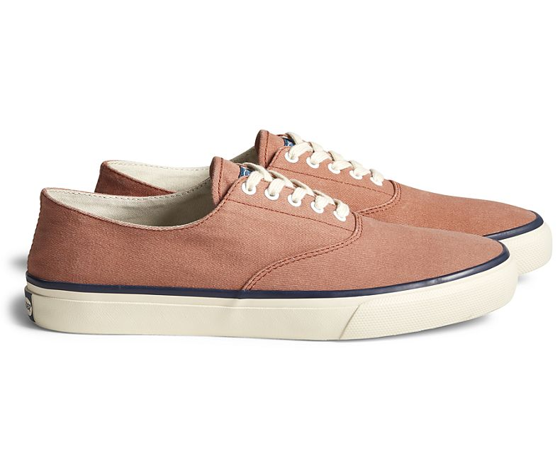 SPERRY TOPSIDER Unisex Cloud CVO Deck Sneaker Washed Red