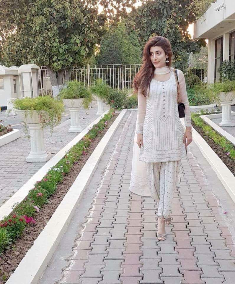 URWA IN WHITE