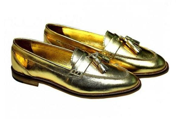 SHOES - KILTE GOLD  / CALF SKIN GOLD LOAFER WITH LEATHER TASSLES