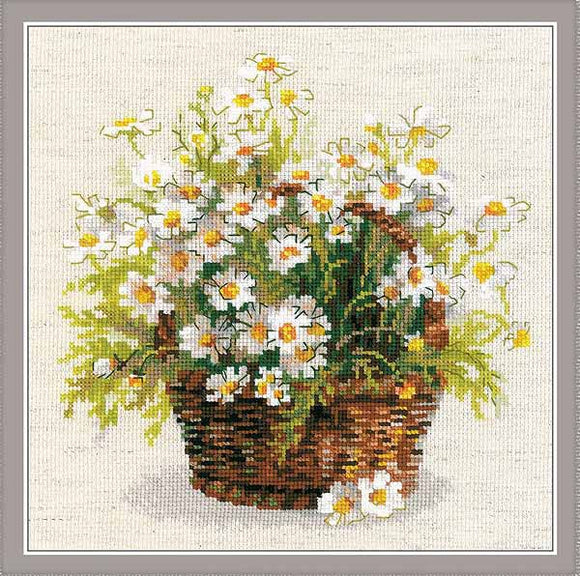 Russian Daisies Cross Stitch Kit By RIOLIS