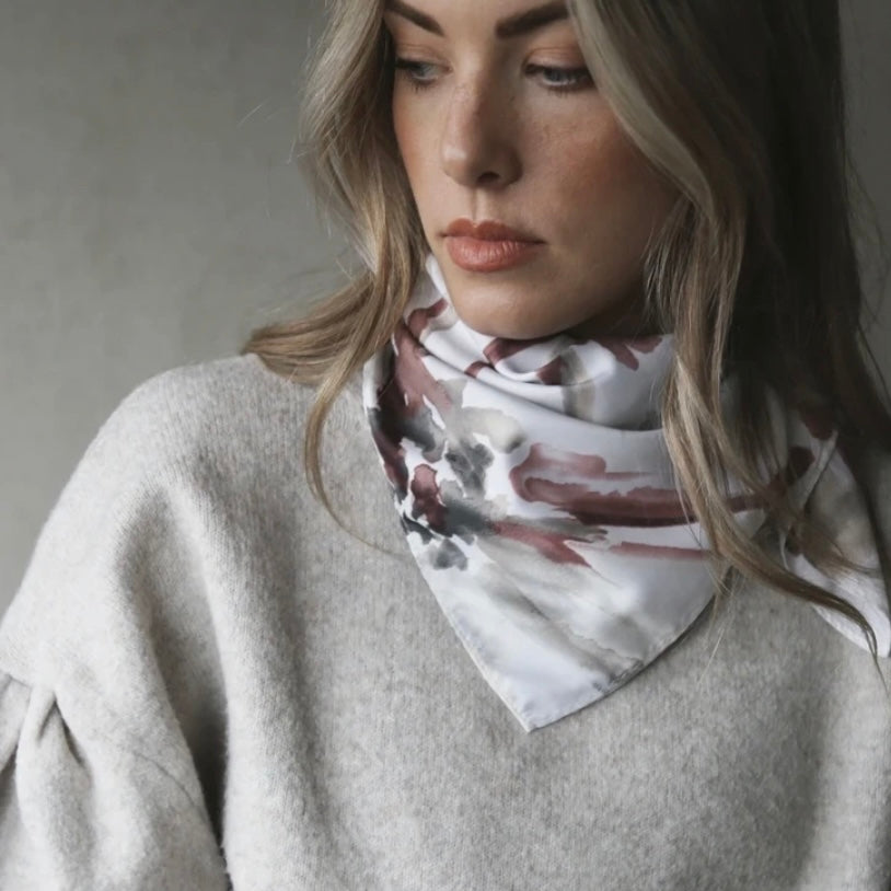 3 Ways to Style a Square Scarf