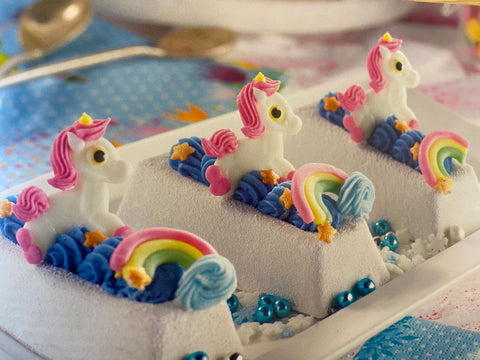 Toppers - Sugar Unicorn and Rainbow set - flat