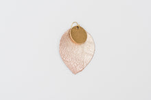 gold_medallion_earring_rose_gold_