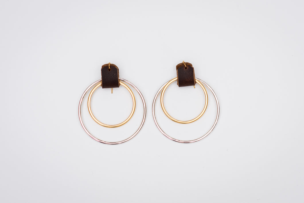 Hoop_earrings_gold_silver_