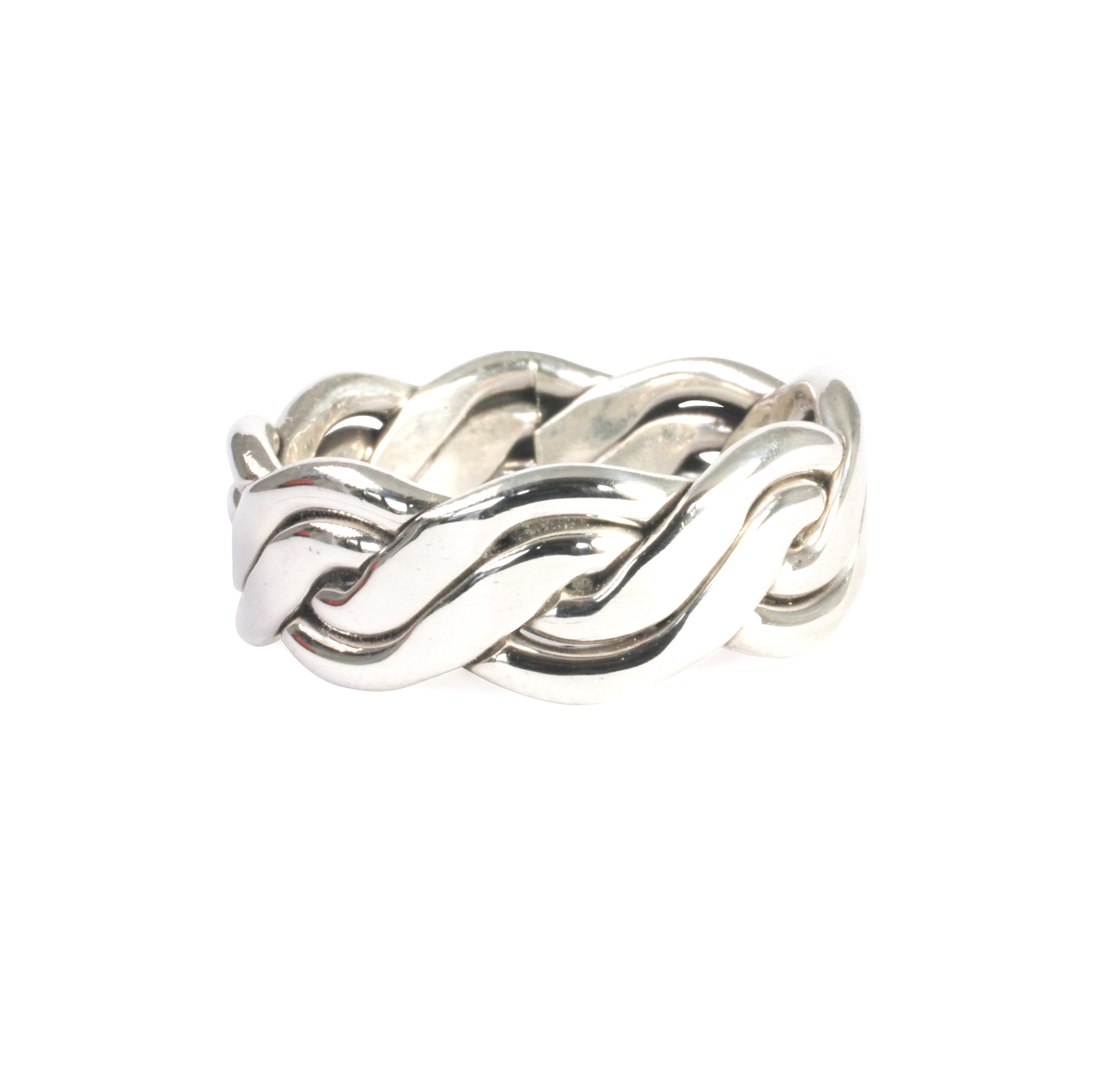 Plaited silver celtic ring