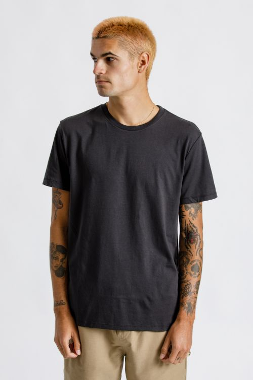 Basic S/S Premium Tee - Washed Black