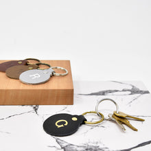 Load image into Gallery viewer, Personalized Leather Circle Key Fob