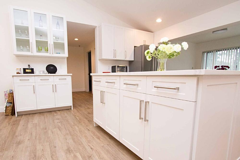 Naples White RTF Shaker Custom Cabinet Door– Cabinet Doors ...