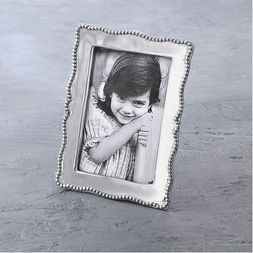 Pearl Denisse Beatriz Ball Frame 5 x 7