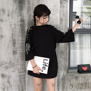 "[30% OFF] ""ADER Error"" Korean 한글 Trendy 'Latin Letters' Hollowed Shoulder Oversized T-Shirt With Rings - Neko Suki,"