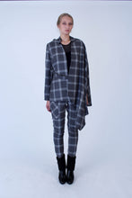 Load image into Gallery viewer, Tailored Jacket-cape in Italian wool - Grey checkered