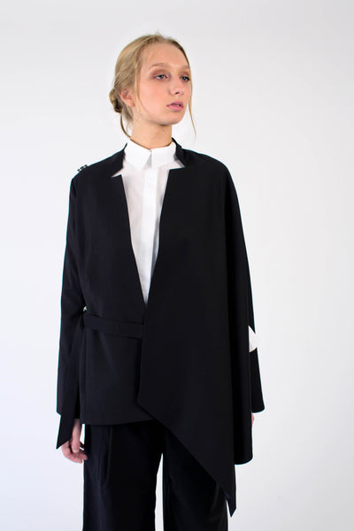 Tailored Jacket-cape in Italian wool - black