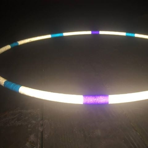 Winter Flow Reflective Hoop