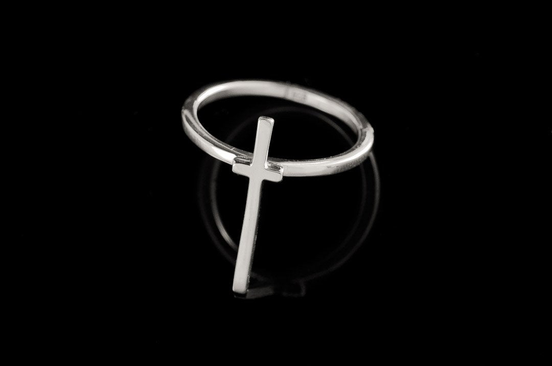 Cross Stacker/Forefinger Ring