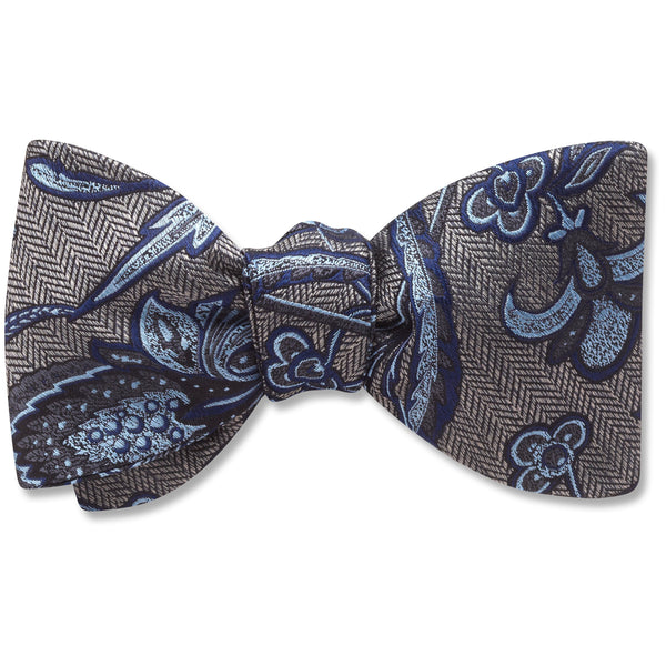 Chesterfield - bow ties