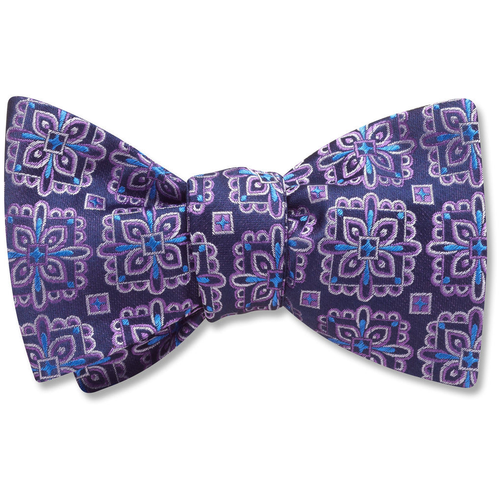Toulon bow ties